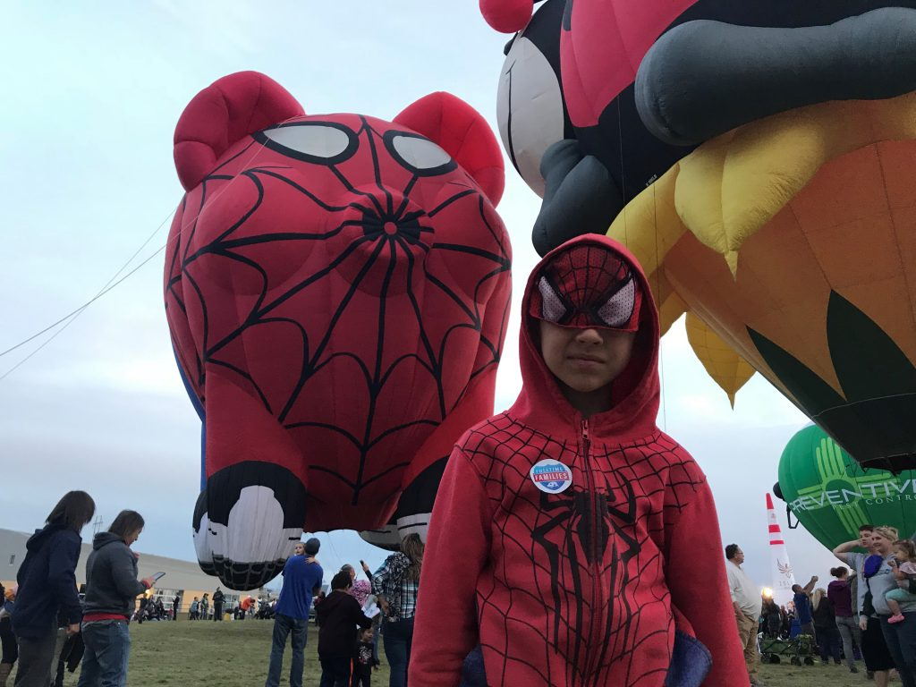Peyton and Spiderpig at the balloon fiesta