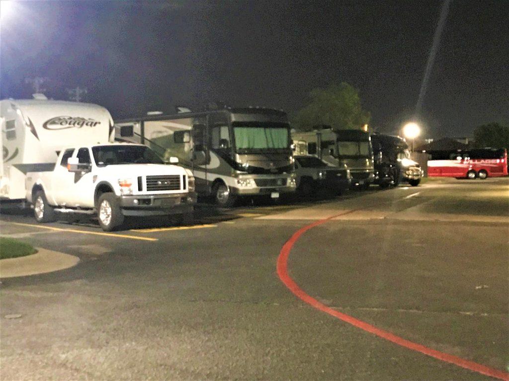 Overnight RV Parking at Cracker Barrel